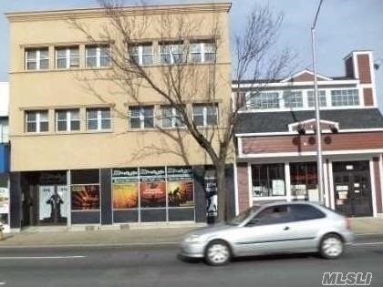 Commercial / Office at Rockville Centre, NY 11570
