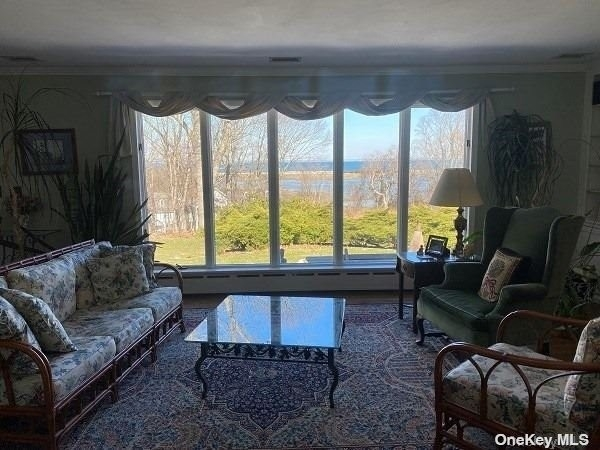 5. Single Family Homes for Sale at Old Field, NY 11733