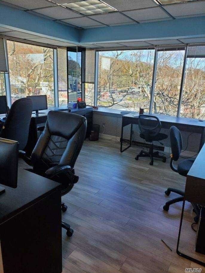 6. Commercial / Office 在 Melville, NY 11747