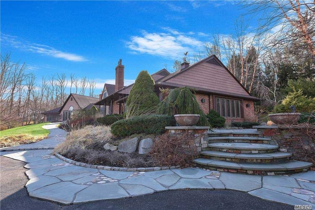 6. Single Family Homes for Sale at Old Field, NY 11733