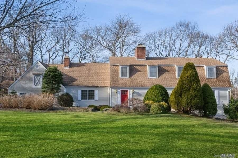 Property at Fort Salonga, NY 11768