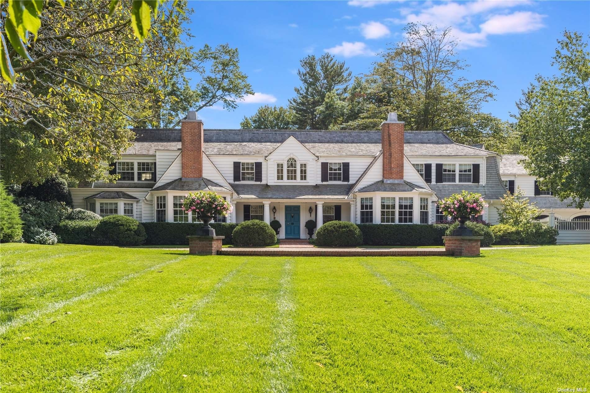 Single Family Home for Sale at Lattingtown, Locust Valley, NY 11560