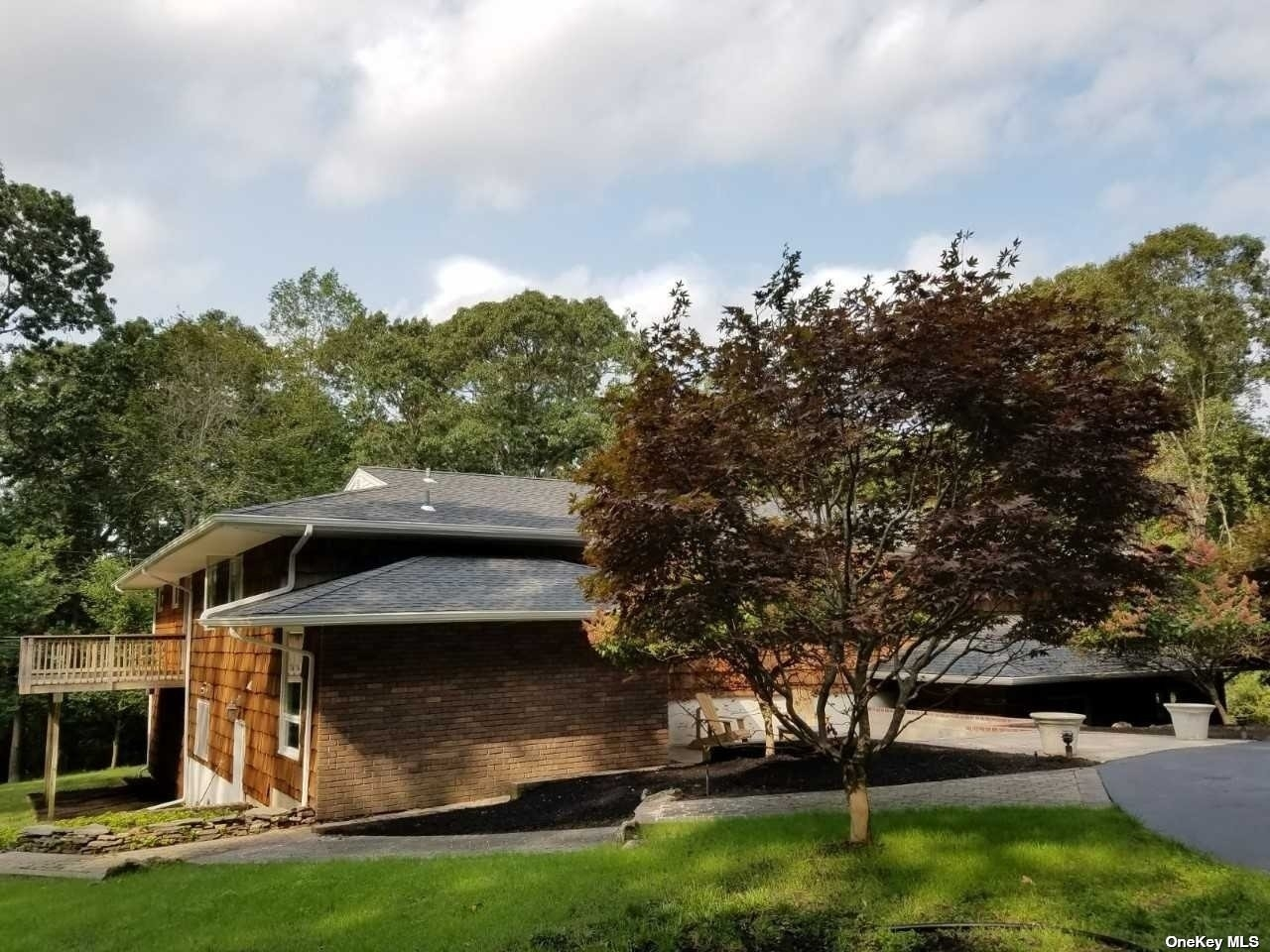 23. Single Family Homes for Sale at Nissequogue, NY 11780