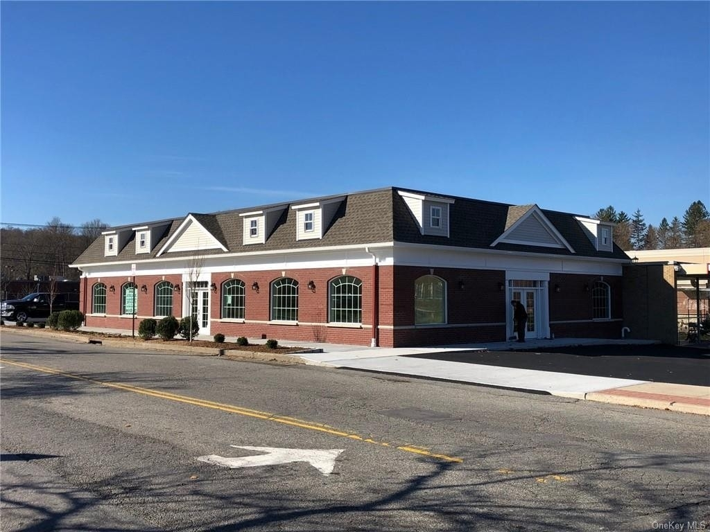 Retail Leases en Yorktown Heights, NY 10598