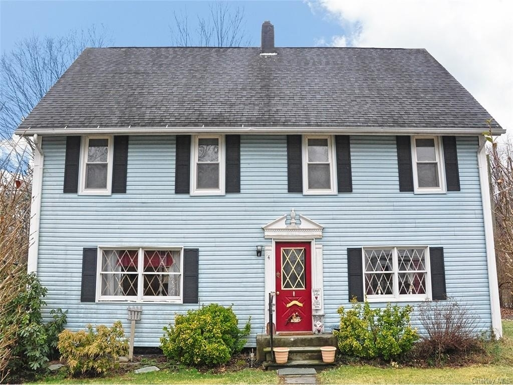 Single Family Home for Sale at Southfields, NY 10975