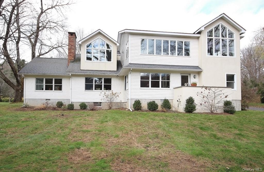 32. Single Family Homes for Sale at Garrison, NY 10524