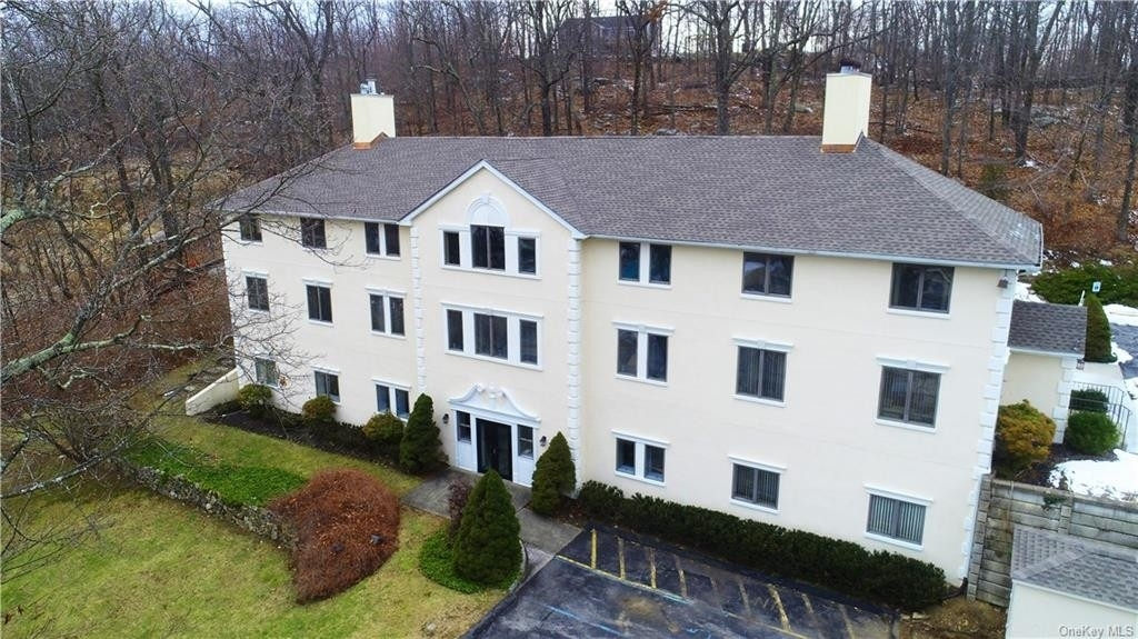 Commercial / Office for Sale at Mahopac, NY 10541