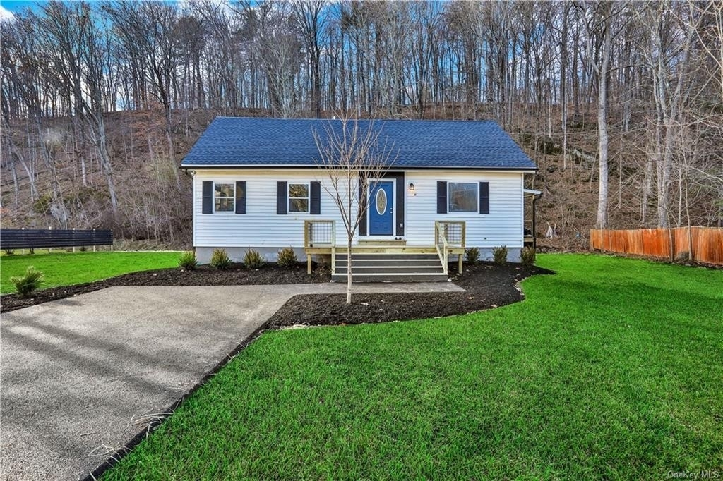 Single Family Home for Sale at Rosendale, NY 12472