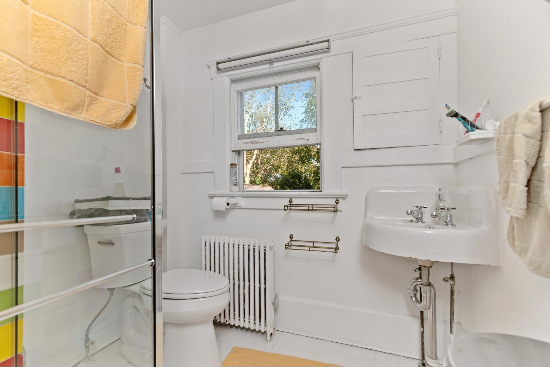 15. Single Family Homes for Sale at Bridgehampton, NY 11963