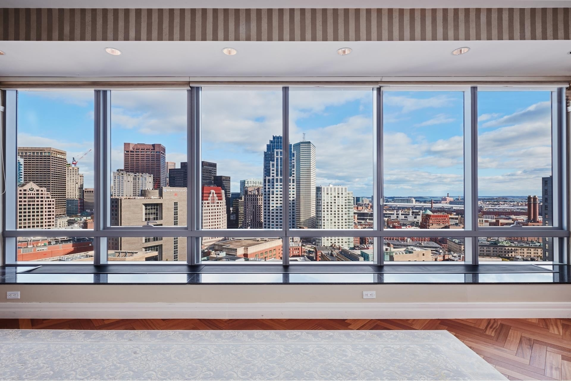4. Condominiums for Sale at 2 Avery Street , 26H Midtown, Boston, MA 02111