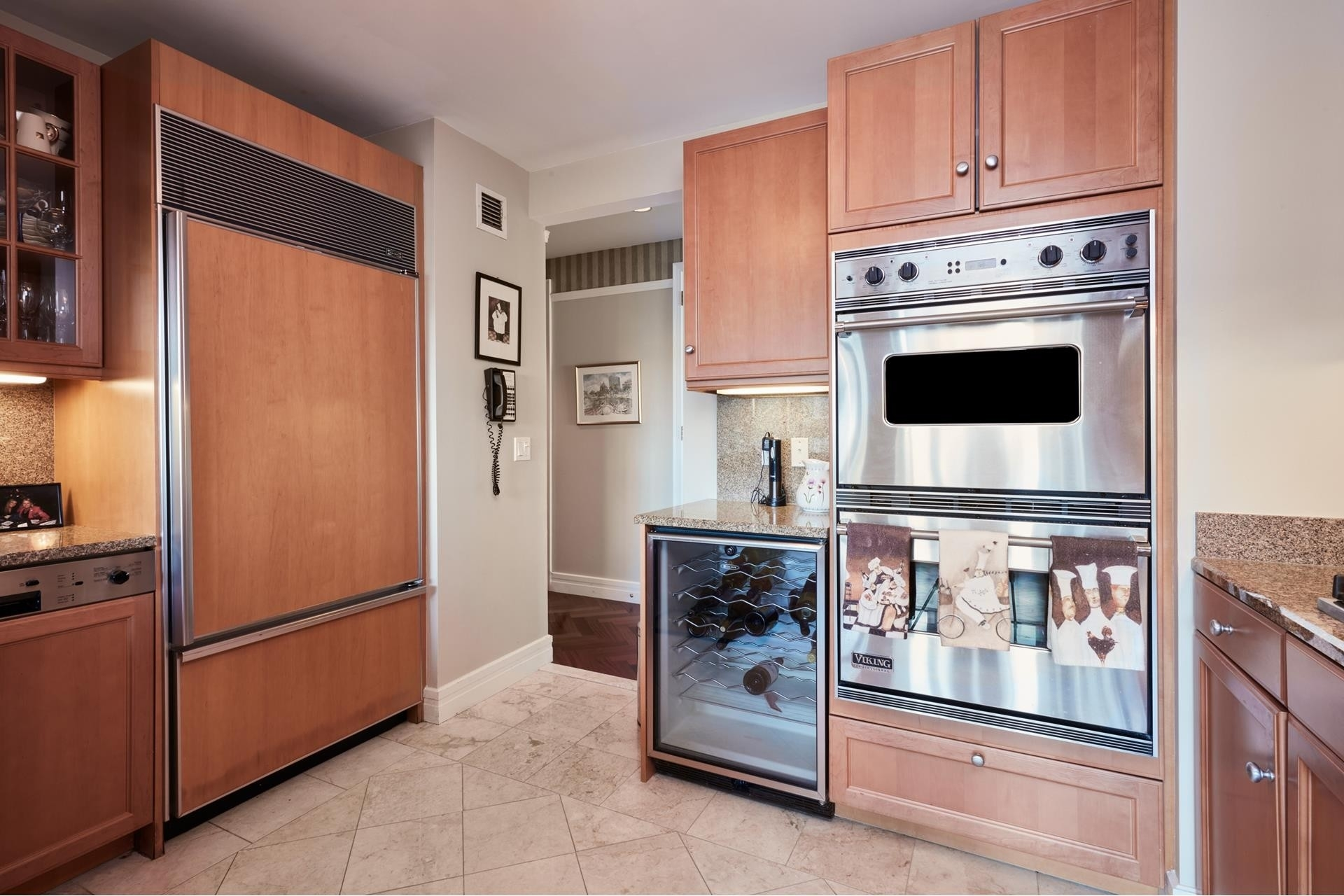 10. Condominiums for Sale at 2 Avery Street , 26H Midtown, Boston, MA 02111