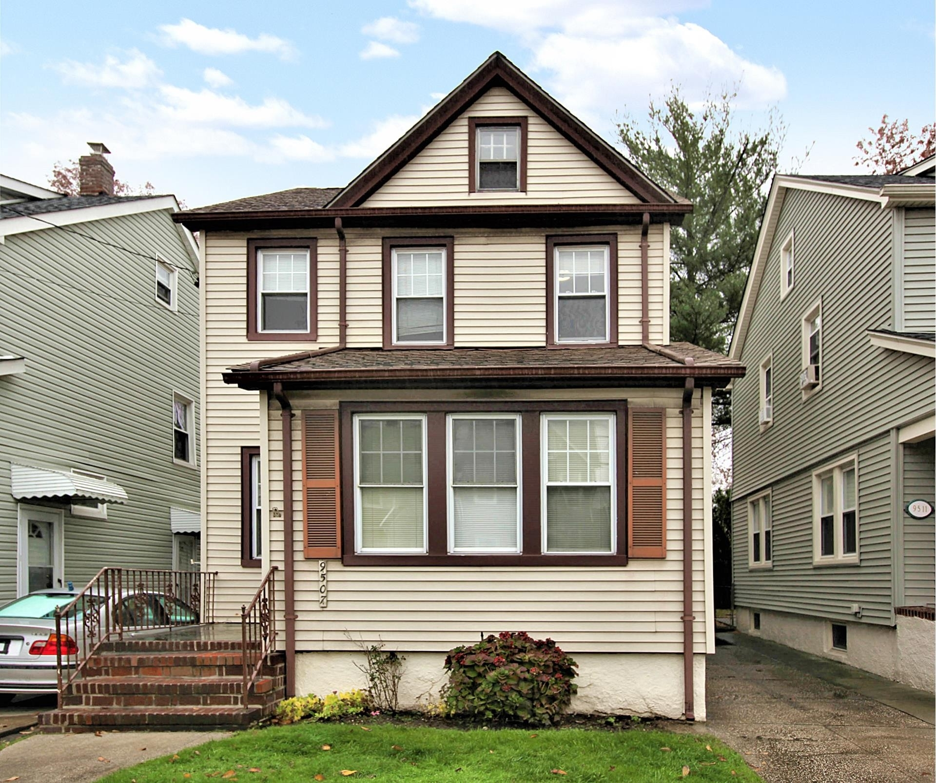 Property at Bellerose Terrace, Floral Park, NY 11001