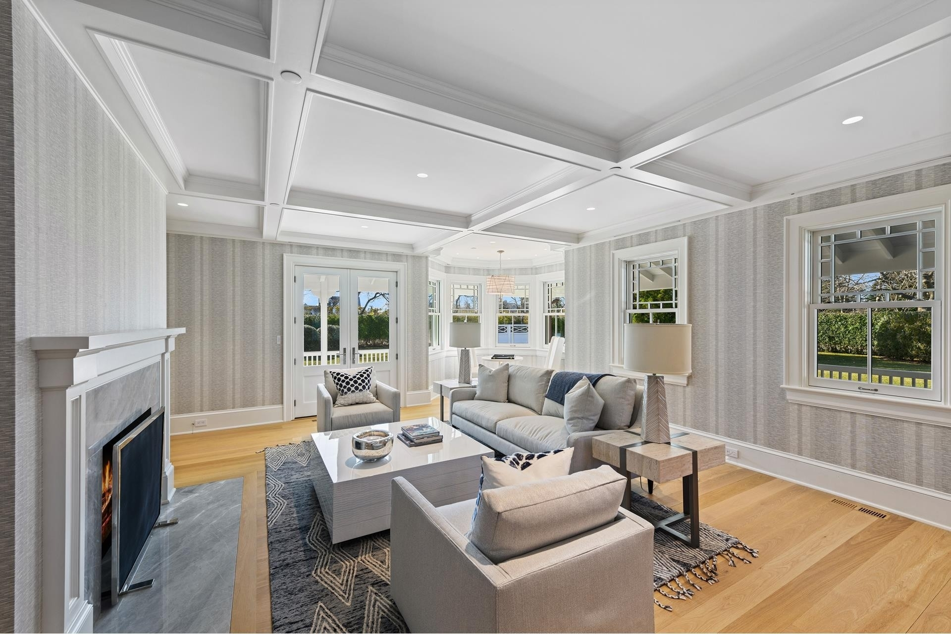 9. Single Family Homes for Sale at Southampton Village, Southampton, NY 11968