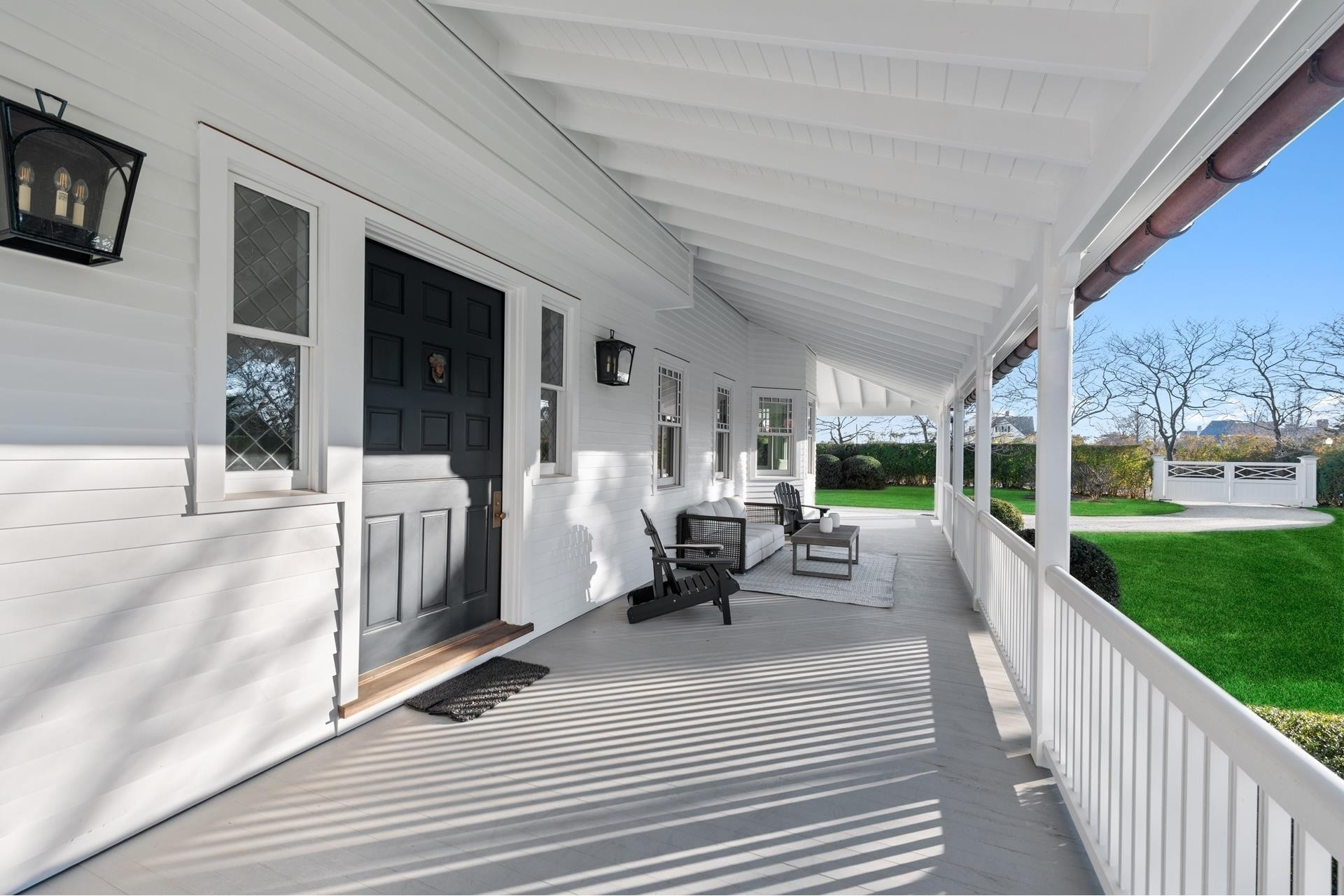 6. Single Family Homes for Sale at Southampton Village, Southampton, NY 11968