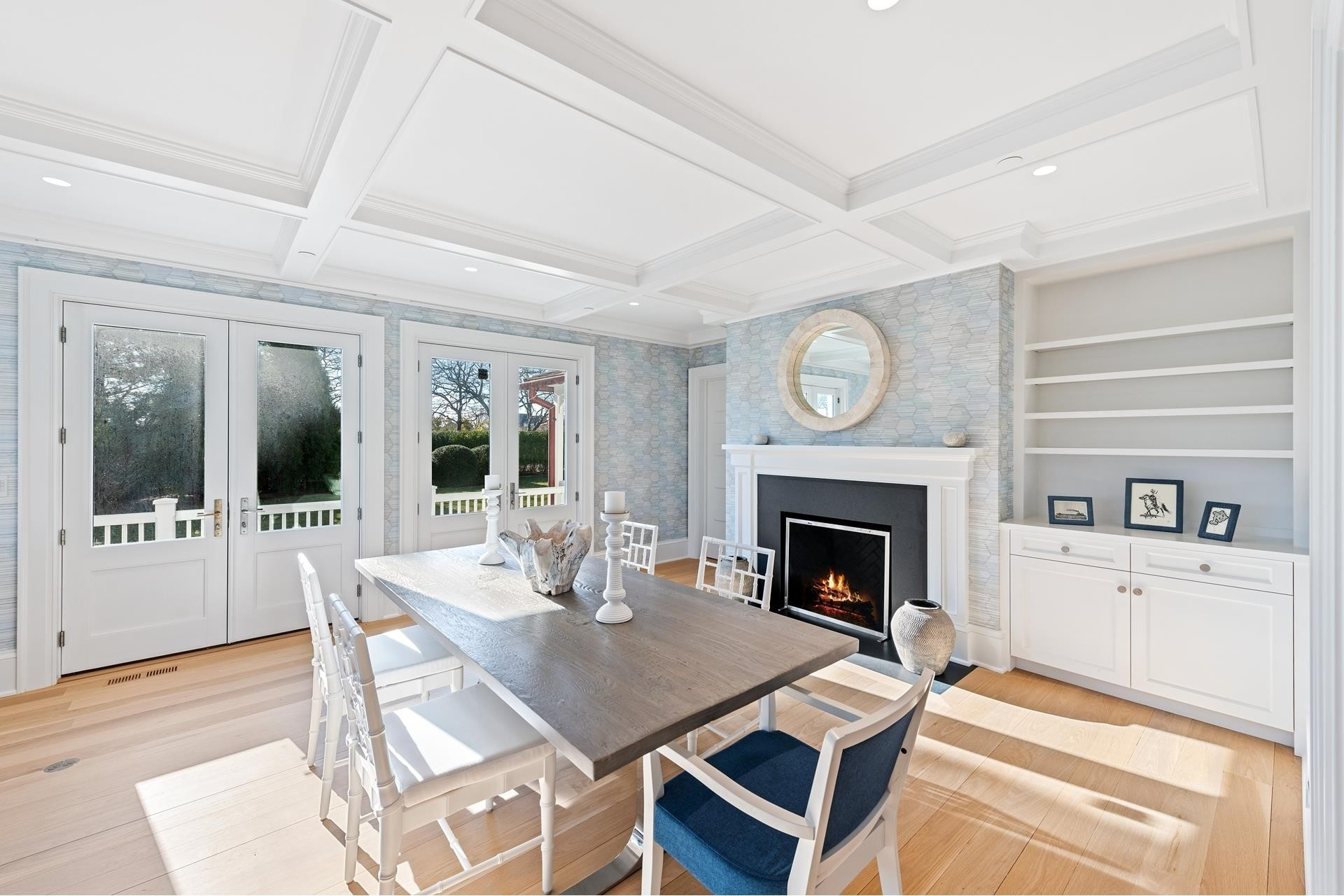 13. Single Family Homes for Sale at Southampton Village, Southampton, NY 11968