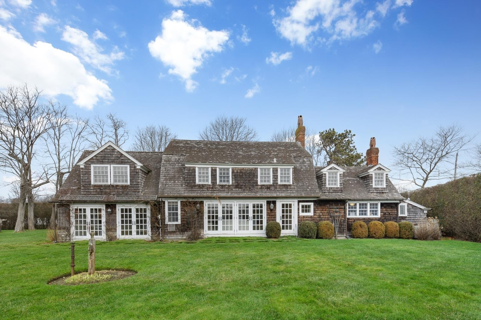 Single Family Home for Sale at Quogue Village, NY 11959