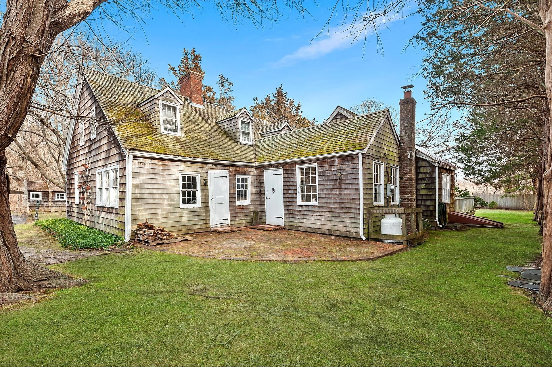 2. Single Family Homes for Sale at East Hampton North, East Hampton, NY 11937