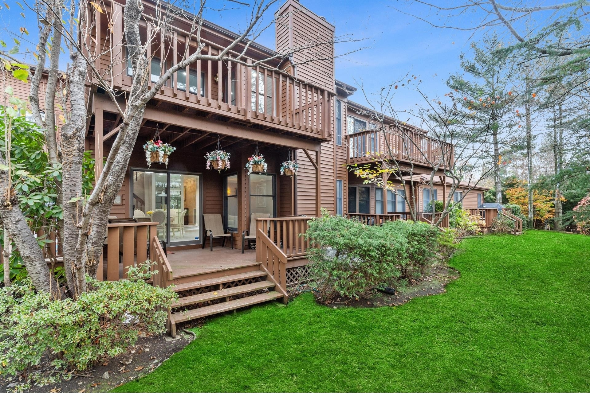 17. Single Family Townhouse for Sale at Jericho, NY 11753
