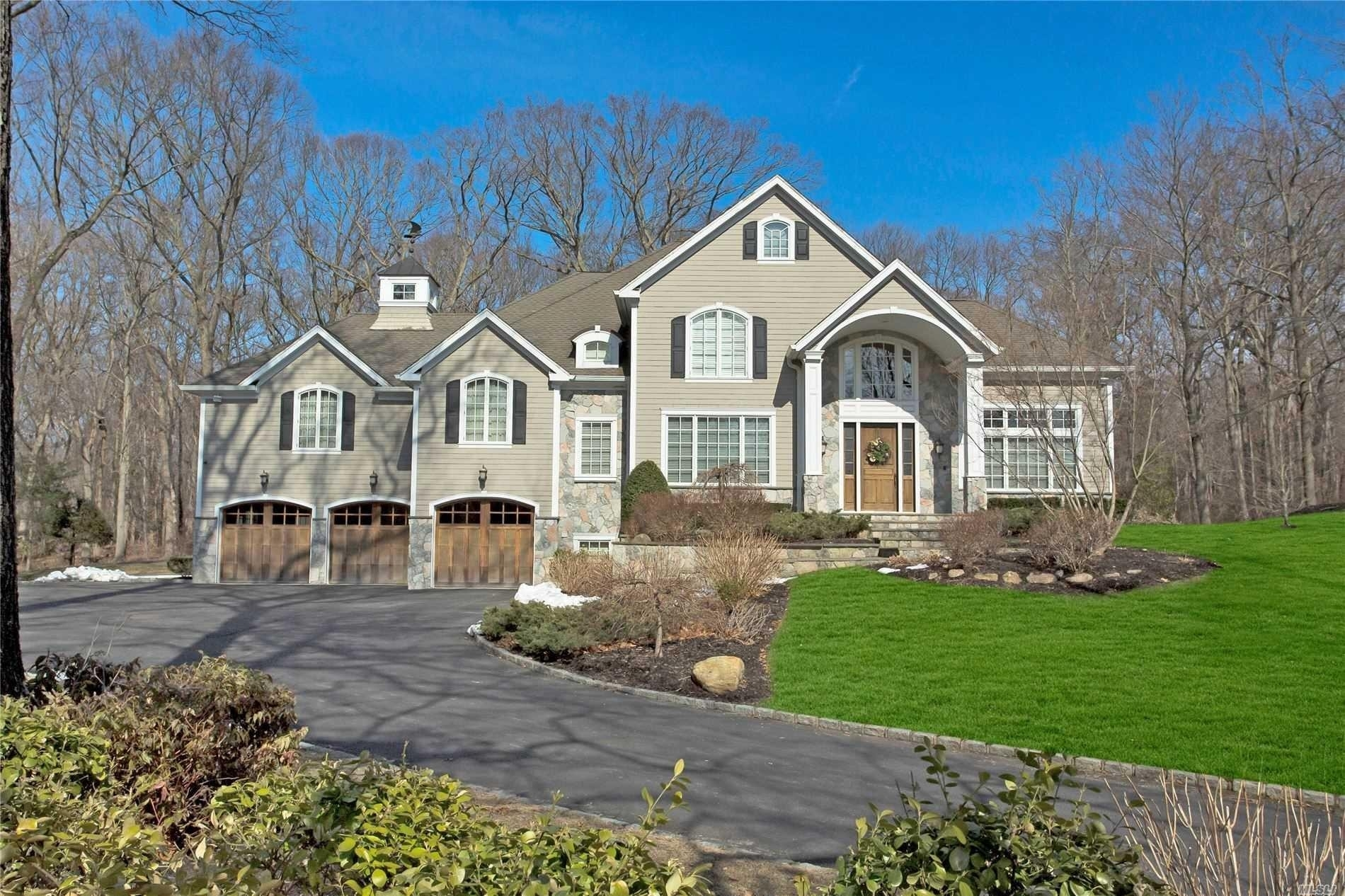Property at Oyster Bay, Muttontown, NY 11791