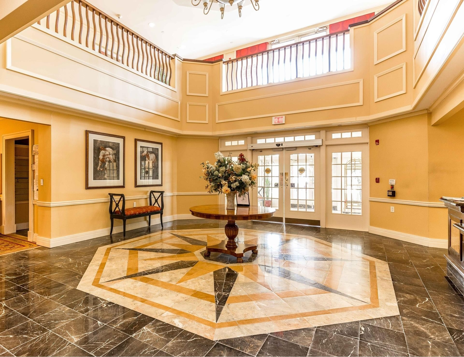 Condominium в 50 Merrick Avenue, 422 East Meadow