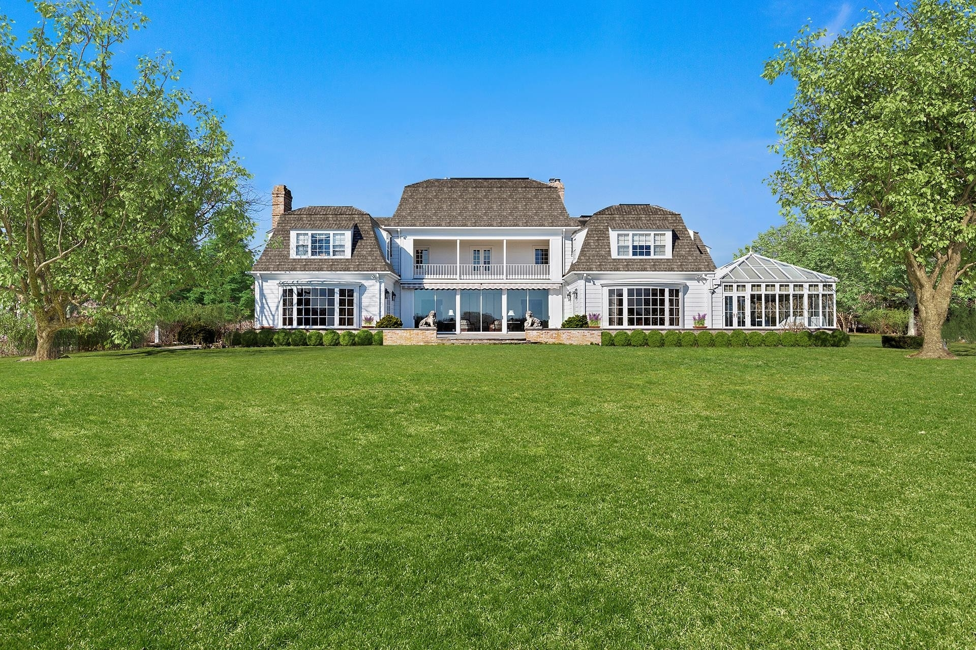 59. Single Family Homes for Sale at Southampton Village, Southampton, NY 11968