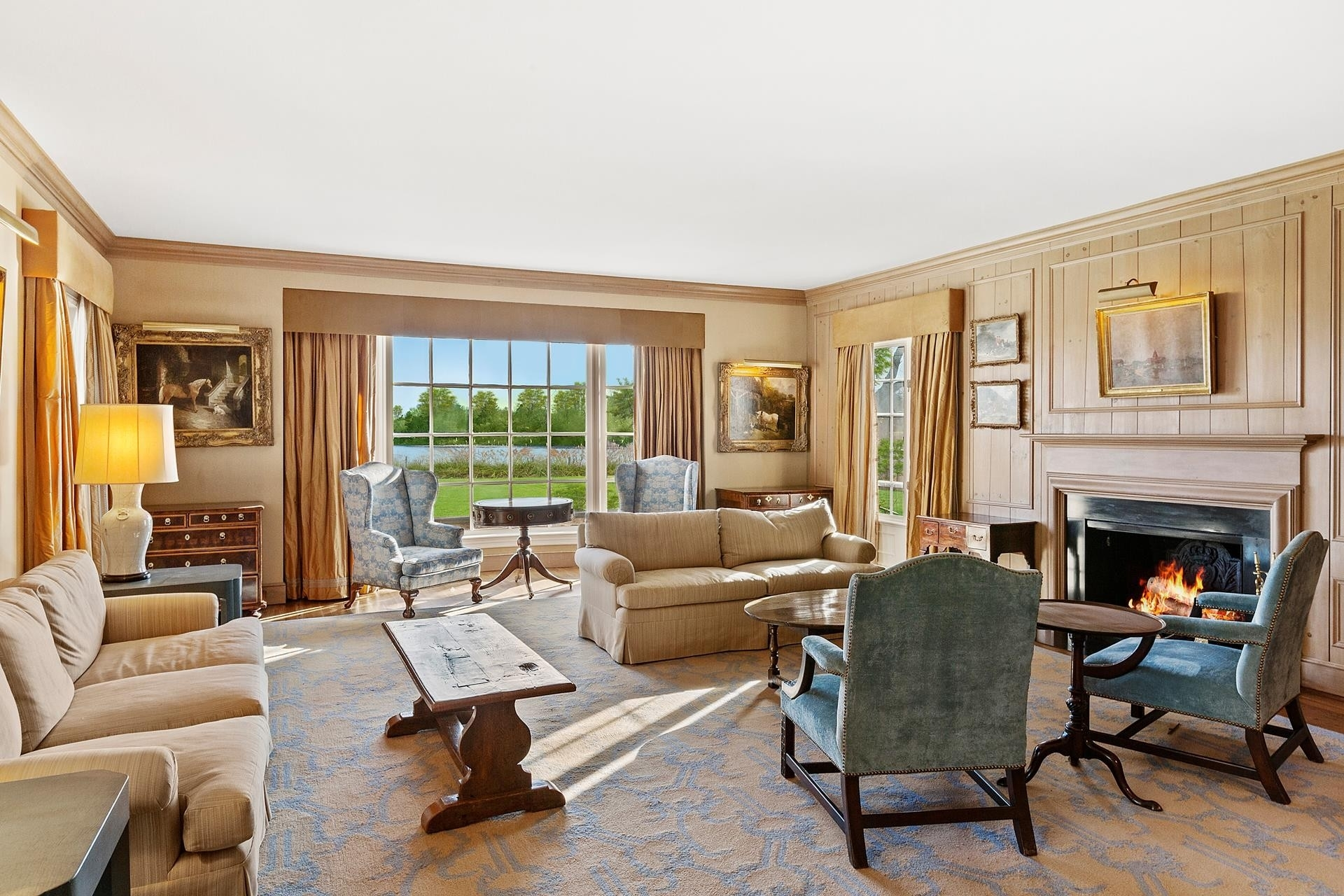 57. Single Family Homes for Sale at Southampton Village, Southampton, NY 11968