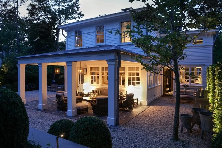 22. Single Family Homes for Sale at Sag Harbor Village, Sag Harbor, NY 11963