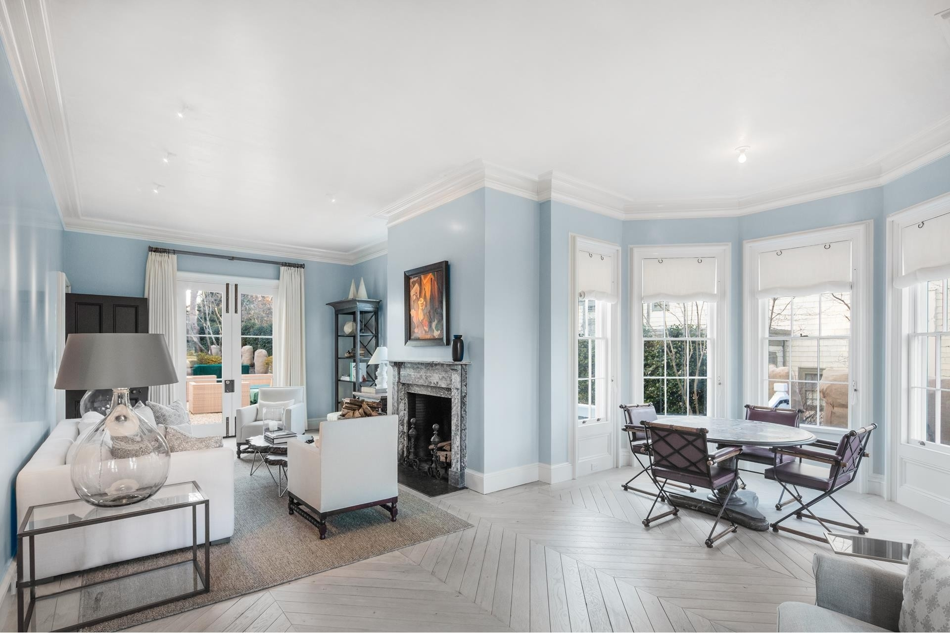 19. Single Family Homes for Sale at Sag Harbor Village, Sag Harbor, NY 11963
