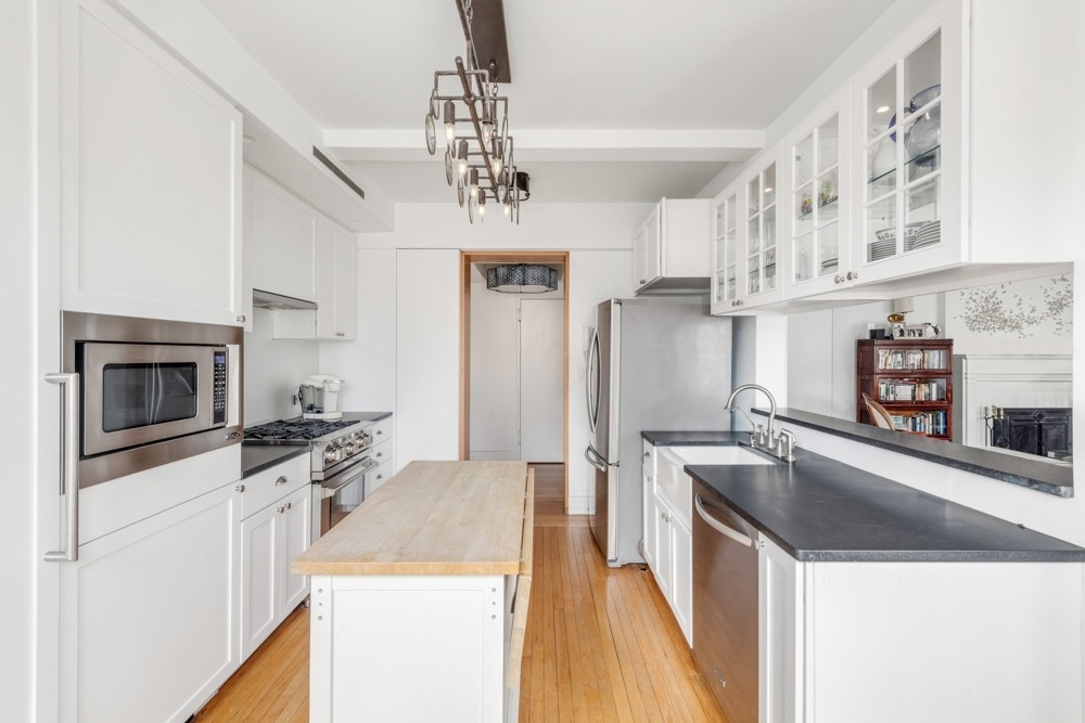 4. Co-op Properties for Sale at 315 EAST 68 STREET, 315 East 68th St, 15MNO Lenox Hill, New York, NY 10021
