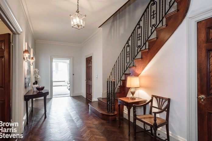 Property en 1220 Park Avenue, 10/11C Carnegie Hill, New York, NY 10128