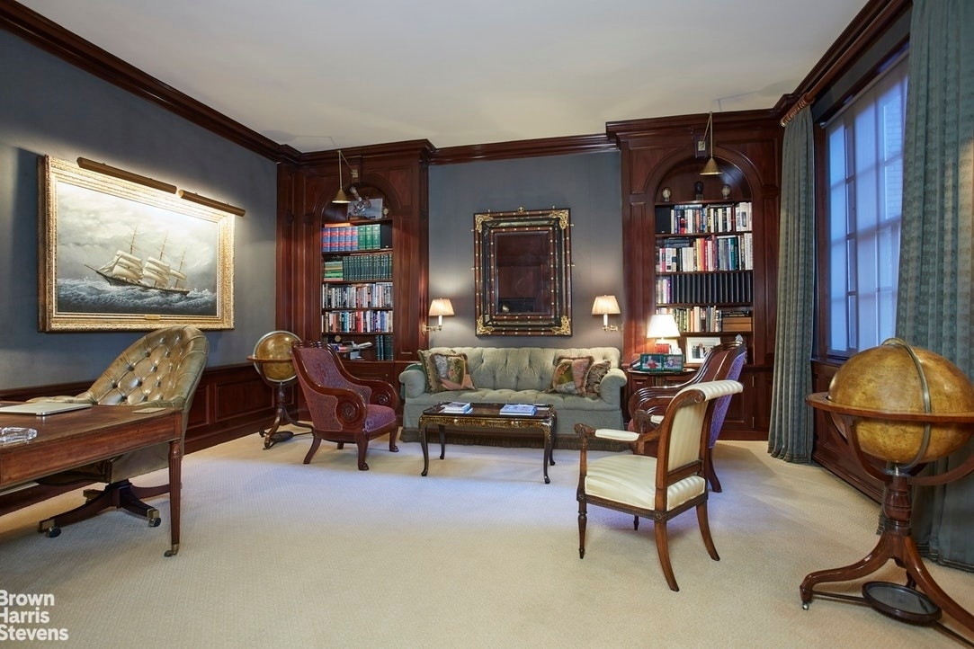 3. Co-op Properties por un Venta en Fifth and 63rd St. Corp., 820 Fifth Avenue, MAISONETTE Lenox Hill, New York, NY 10065