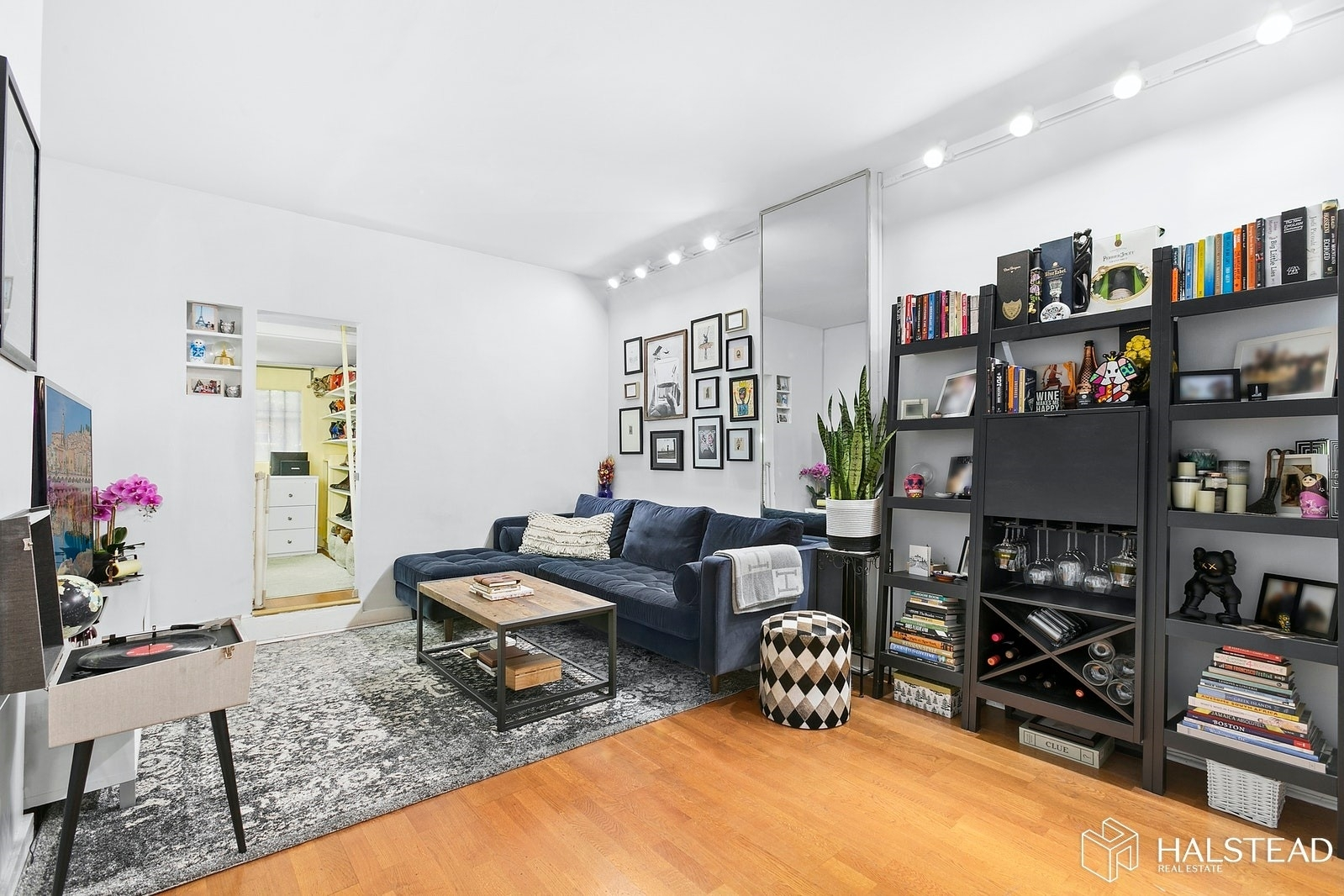 Property 在 138 Apartment Corp., 138 East 36th St, 1B Murray Hill, 纽约, NY 10016
