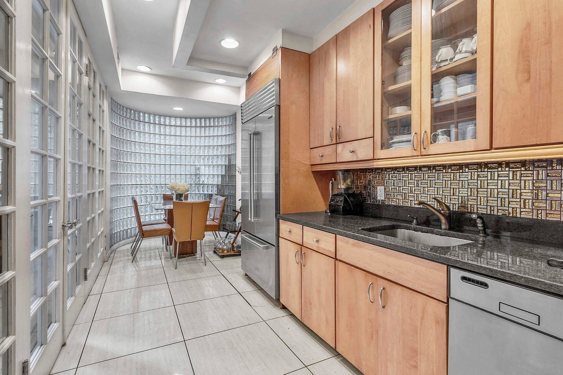 4. Co-op Properties for Sale at 18 East 63rd St, 2 Lenox Hill, New York, NY 10021