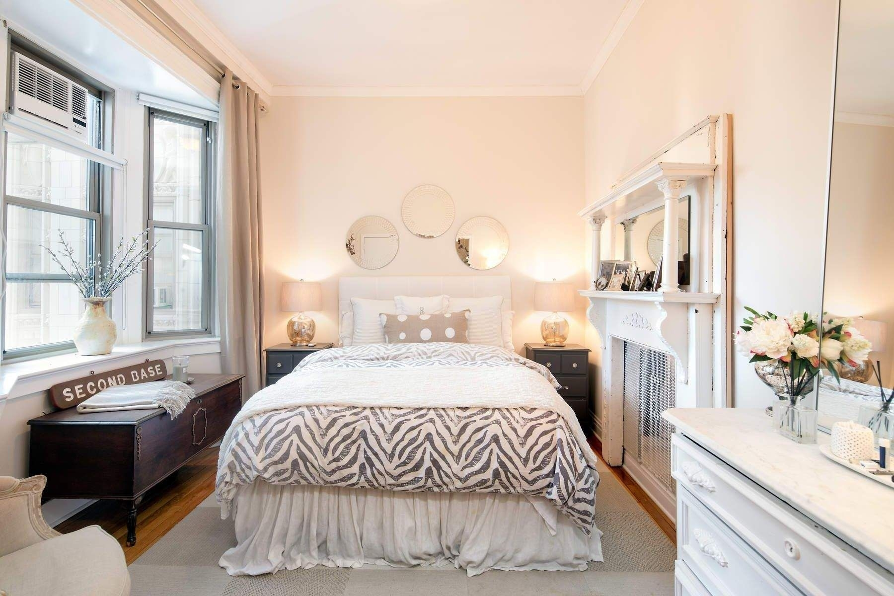 6. Condominiums for Sale at 36 Gramercy Park East, 7W Gramercy Park, New York, NY 10003