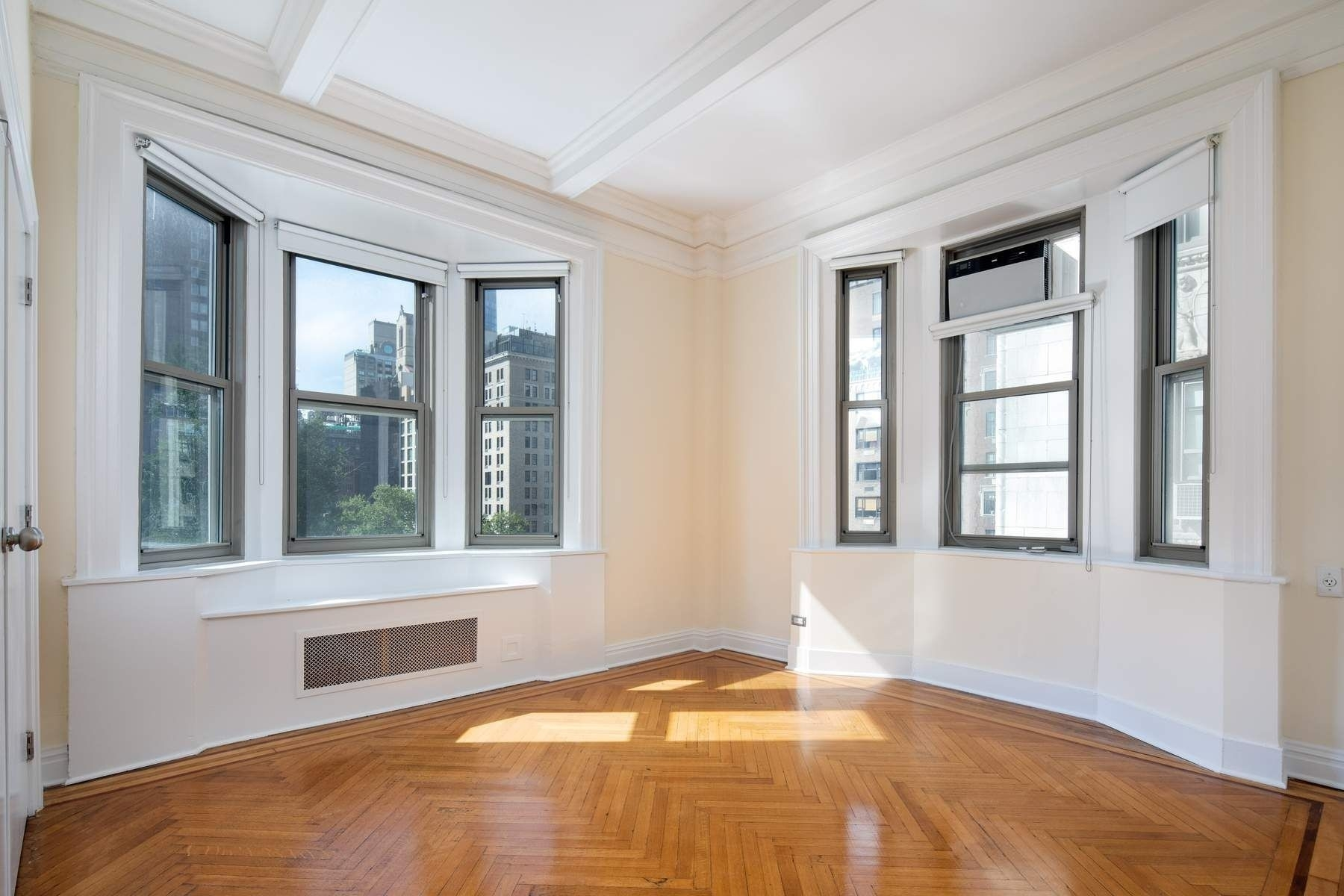 10. Condominiums for Sale at 36 Gramercy Park East, 7W Gramercy Park, New York, NY 10003