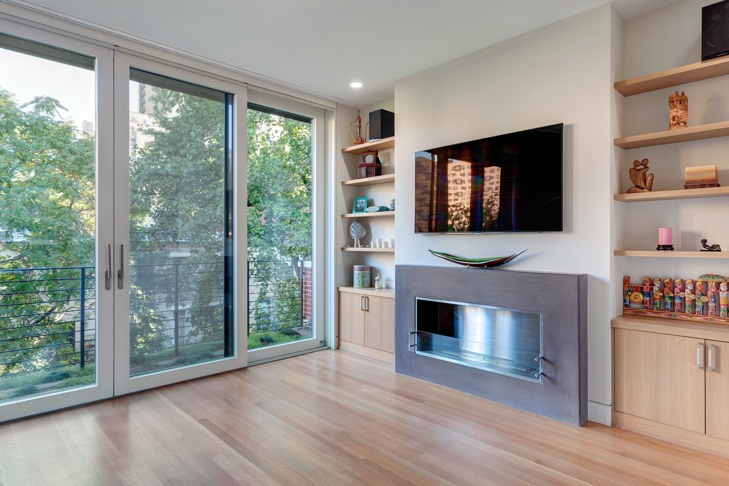 20. Single Family Townhouse for Sale at Upper West Side, New York, NY 10024