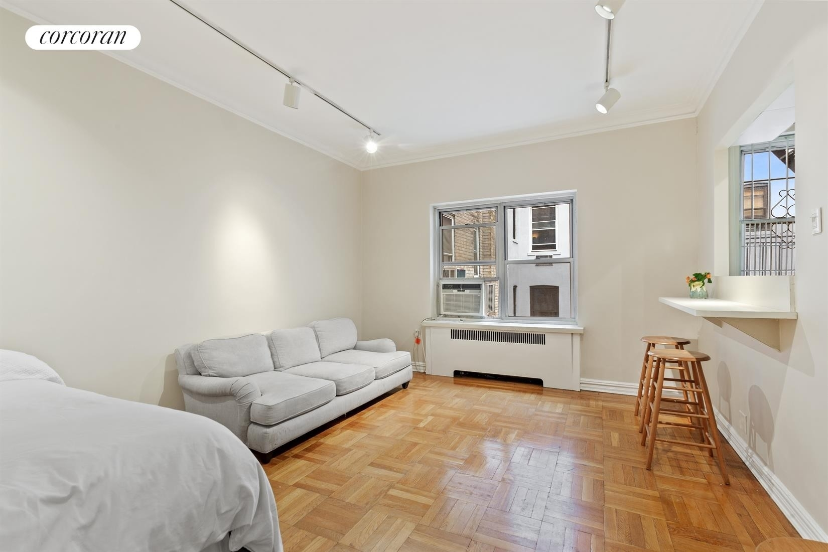 Property at 29 West 64th St, 6D Lincoln Square, New York, NY 10023