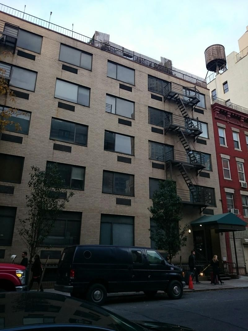 1. building at 365 West 52nd St, Hell's Kitchen, New York, NY