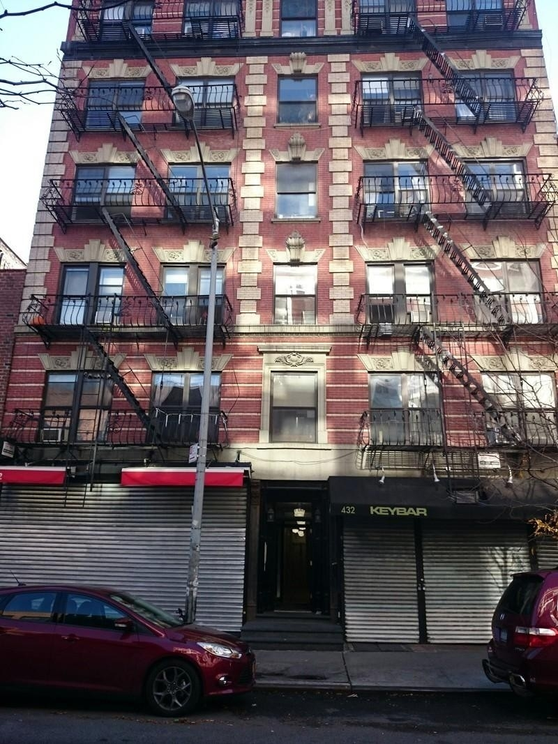 1. здание в 432-434 East 13th St, East Village, New York, NY