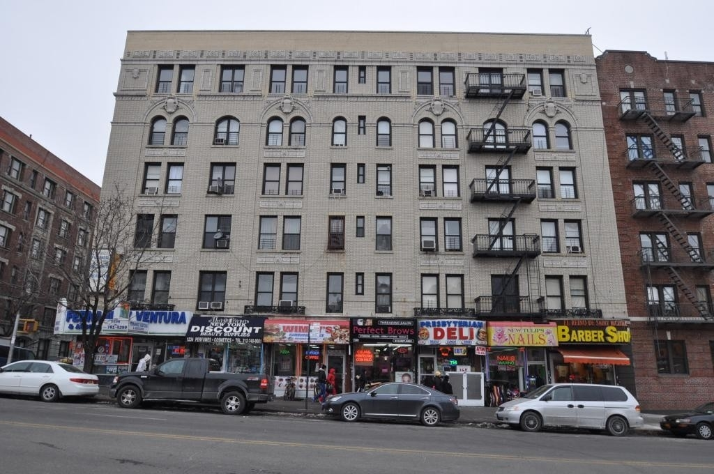 1. 建於1228 St Nicholas Avenue, Washington Heights, 纽约, NY