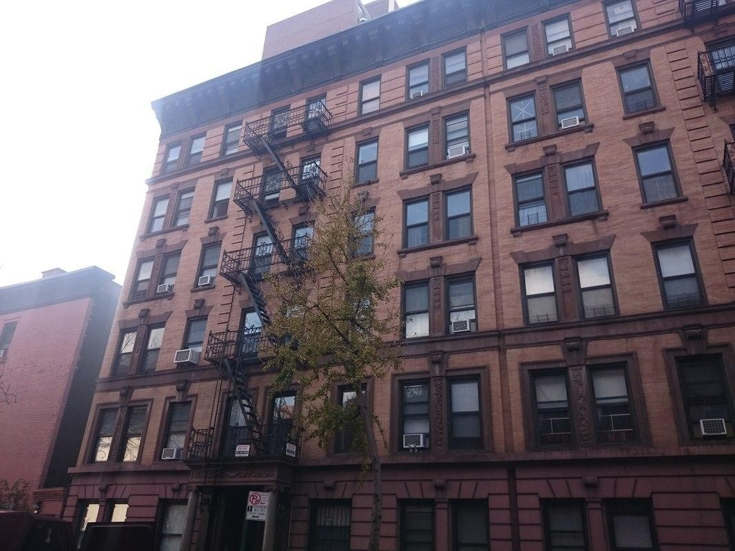 2. edificio en 346 East 18th St, Gramercy Park, New York, NY