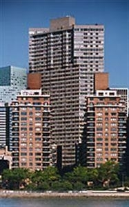 3. RIVER TOWER建於420 East 54th St, Midtown Manhattan, 纽约, NY