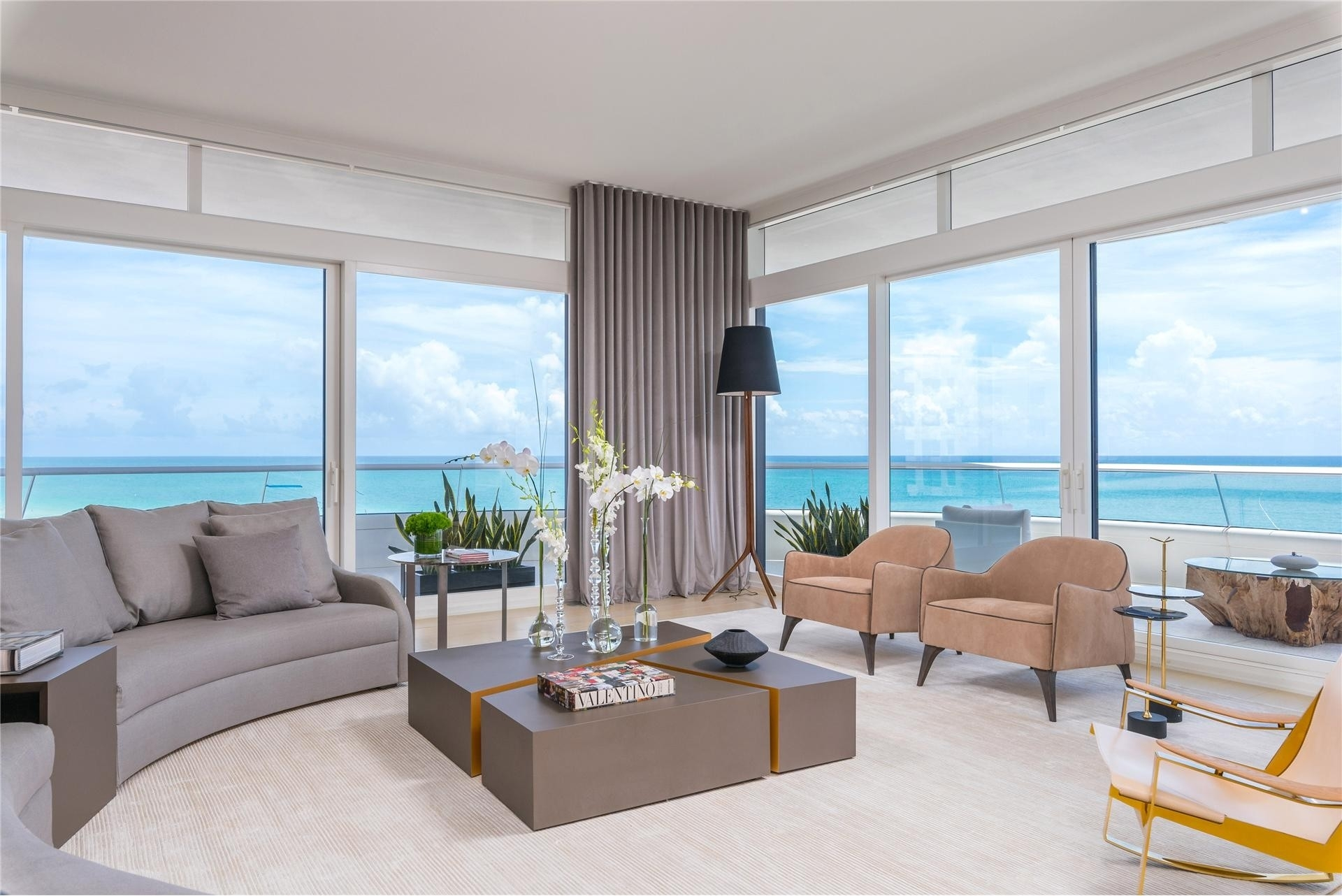 Condominium at 3315 COLLINS , 6-A Miami Beach