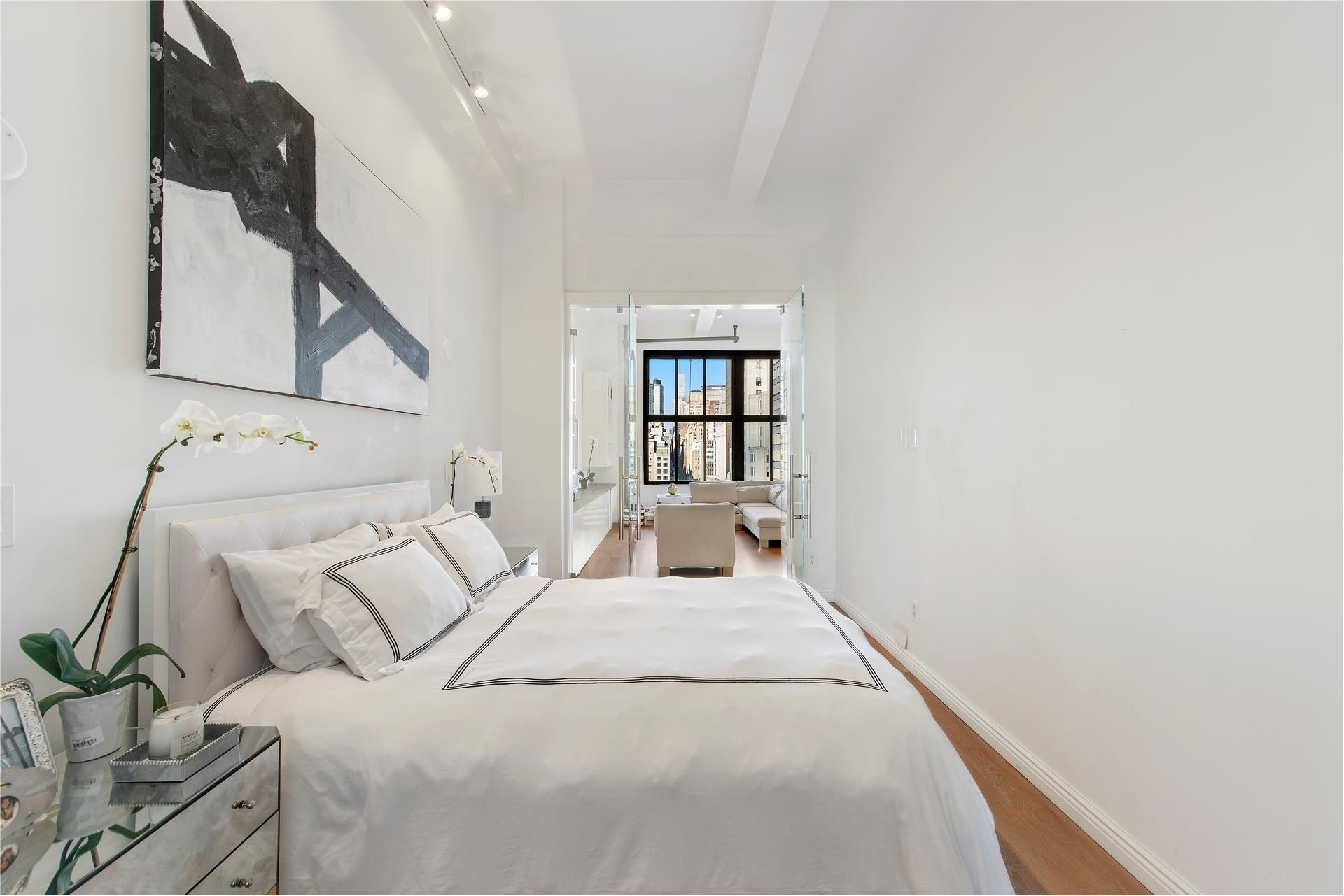1. 13 21 E 22 St Resid. Corp建於21 East 22nd St, Flatiron District, 纽约, NY