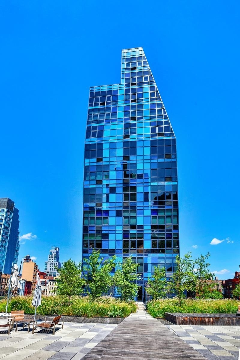 3. Blue, 105 Norfolk St building at 105 Norfolk St, Downtown Manhattan, New York, NY