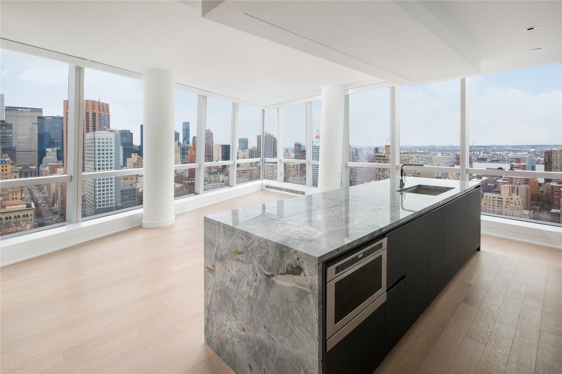 Property at 400 Park Avenue South, 35B New York