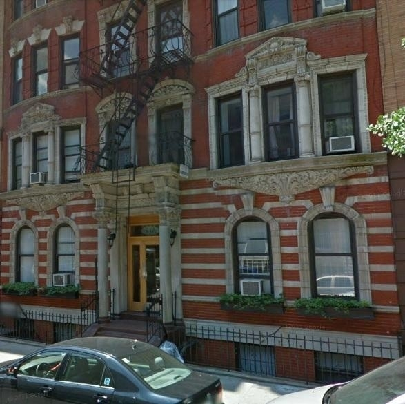 1. edificio en 346 East 18th St, Gramercy Park, New York, NY