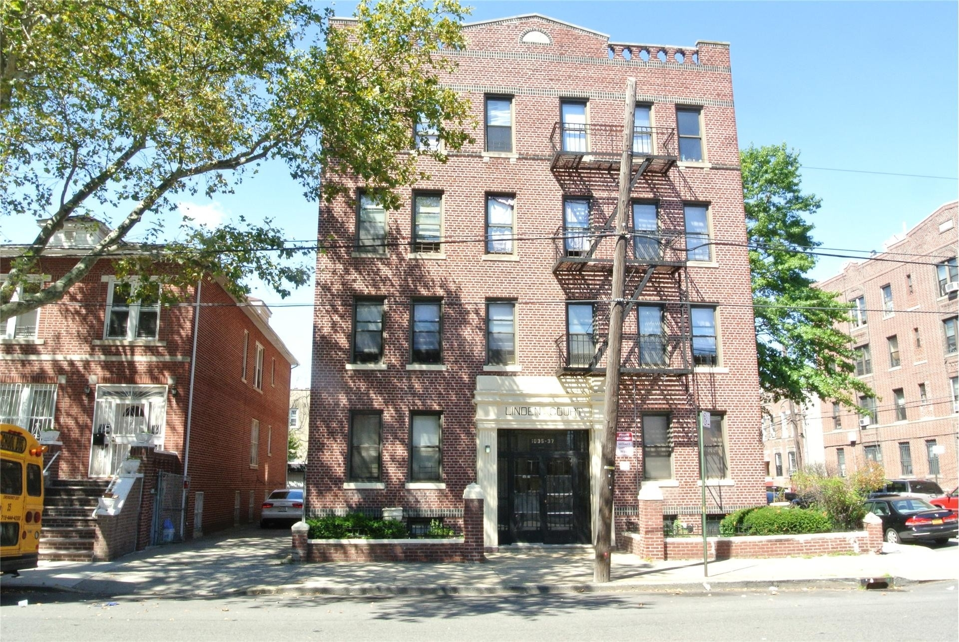 1. 建於1035 Willmohr St, East Flatbush, Brooklyn, NY