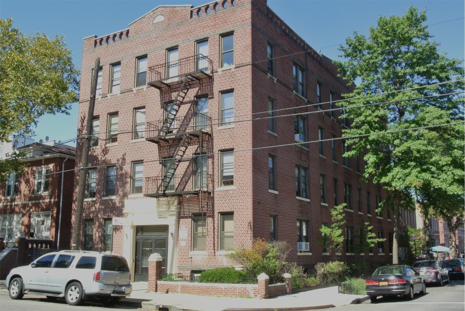 2. 建於1035 Willmohr St, East Flatbush, Brooklyn, NY