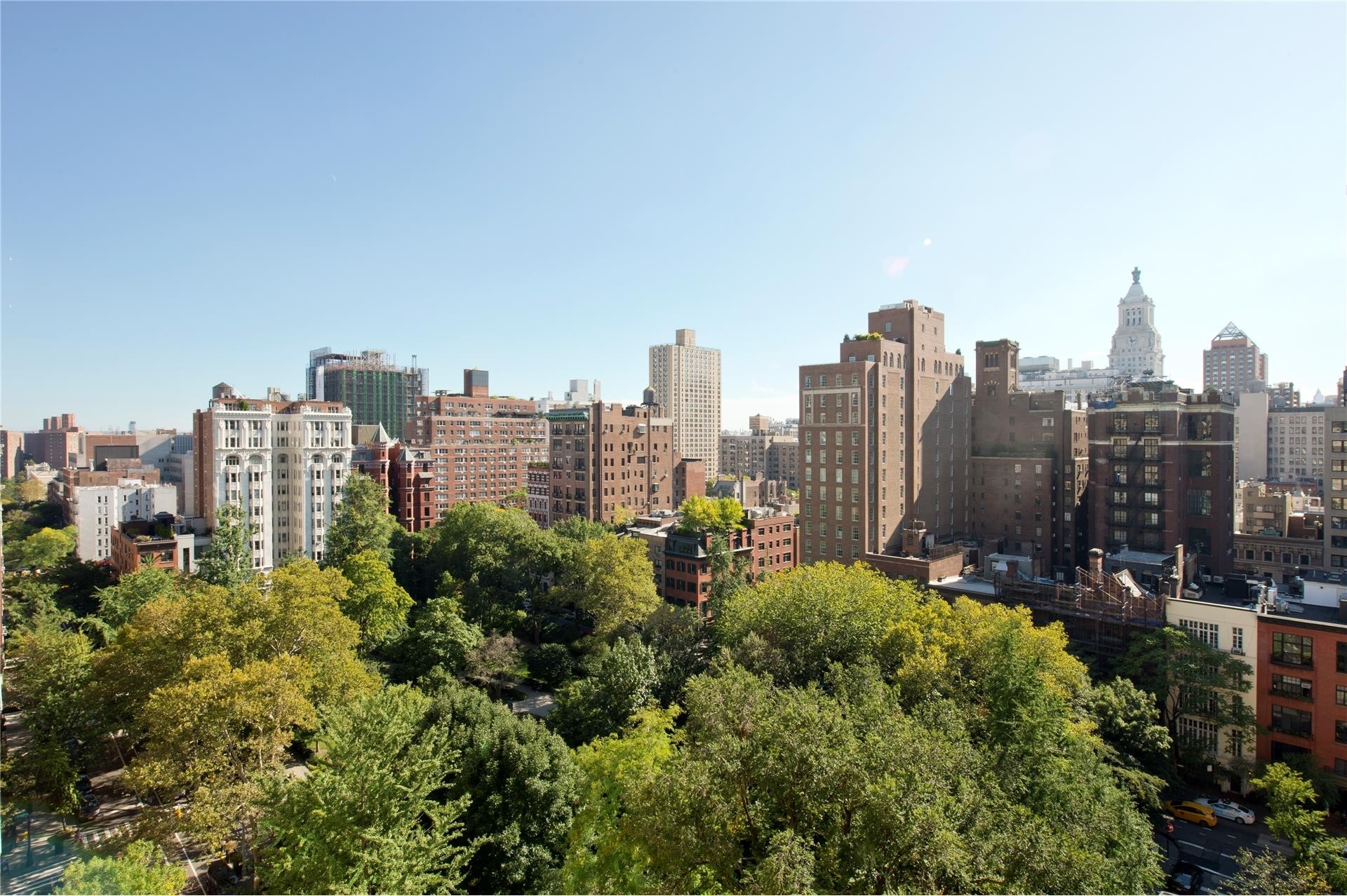 3. Gramercy Park Resid. Corp. здание в 60 Gramercy Park North, Gramercy Park, New York, NY
